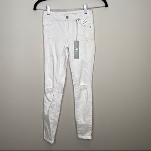 NWT Tractr girls white distressed jeans Sz 10